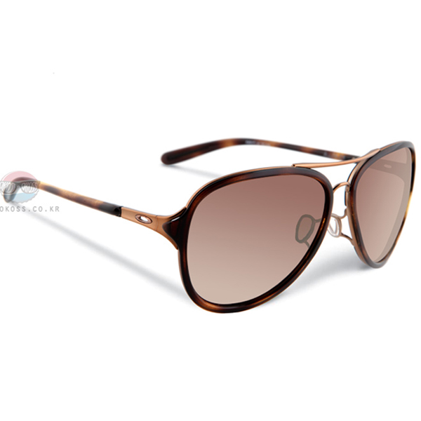 오클리 선글라스 킥백 OO4102-01 OAKLEY KICKBACK SATIN ROSE GOLD/VR50 BROWN GRADIENT